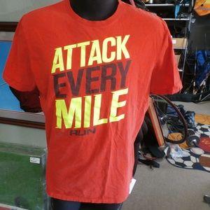 Under Armour Run shirt orange large #25269